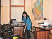 Уборка офисов,  квартир,  коттеджей,  услги уборщиц
